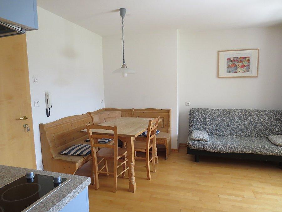 wohnungen pramasserhof. Black Bedroom Furniture Sets. Home Design Ideas